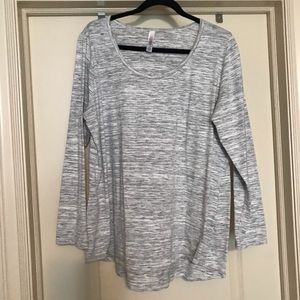 Lularoe 2x Lynnae long sleeve shirt
